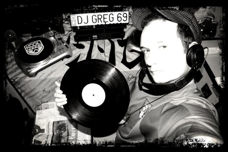 RÉSIDENCE  MASTER  DJ GREG