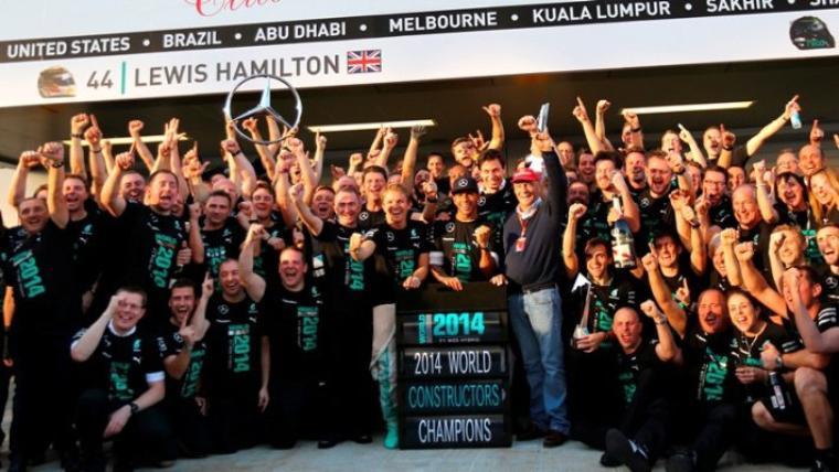 Mercedes-Benz champion du Monde !