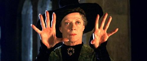 69. Maggie Smith, dans 'Sister Act' 1 et 2 (1992-93)