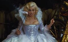 77. Helena Bonham Carter, dans 'Cendrillon' (2015)
