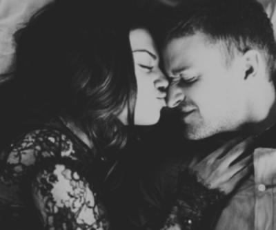Un simple geste d'amour, rend heureuse n'importe qu'elle fille.❤