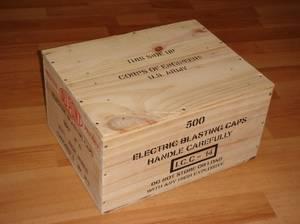 Caisse : ELECTRIC BLASTING CAPS ...