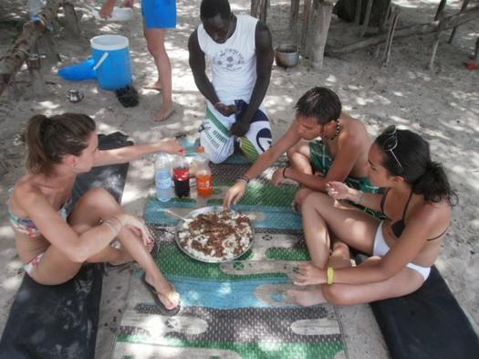 Pique-nique dans le Saloum