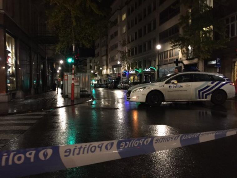 La Grand-Place de Bruxelles: opérations policières terminées, 16 arrestations dont un blessé