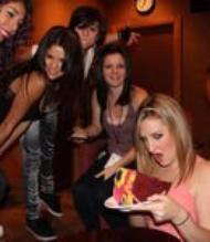 Voici une photo personnel de Selena Gomez (désolé de la qualité)