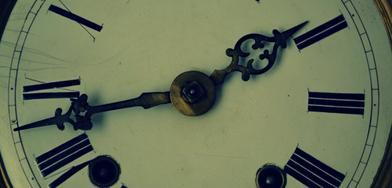 - Le temps découvre les secrets ; le temps fait naître les occasions ; le temps confirme les bons conseils. -