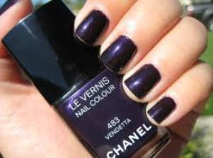 vernis chanel vendetta.