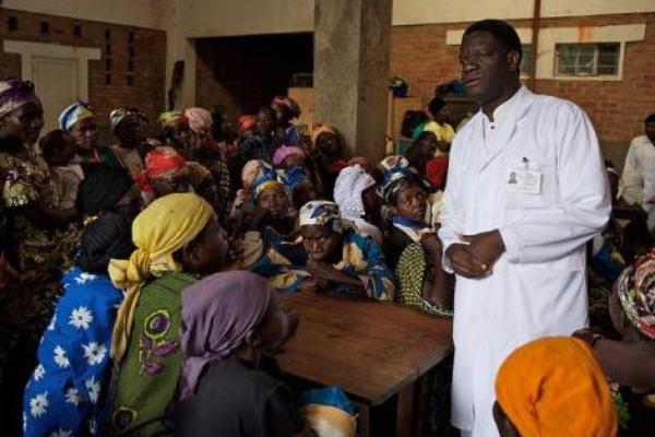 """Denis Mukwege : """"En RD Congo, le viol est une stratégie de guerre"""""""