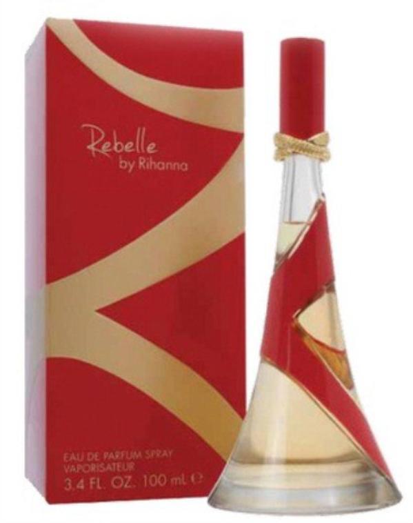Le nouveau parfum de Rihanna : Rebelle