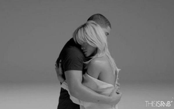 "Rihanna & Drake enlacés pour le clip ""Take Care"