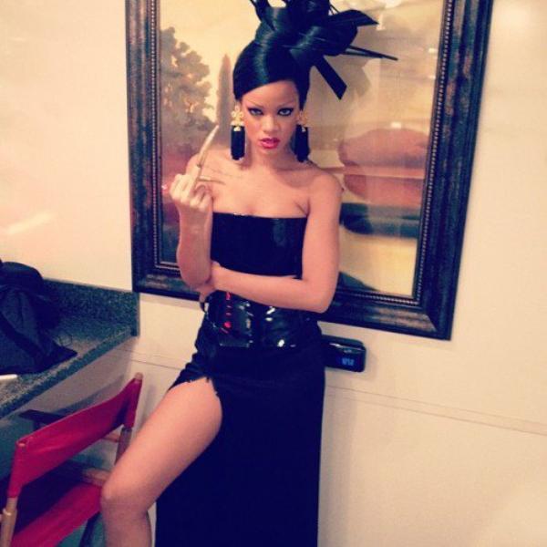 Rihanna se la joue geisha
