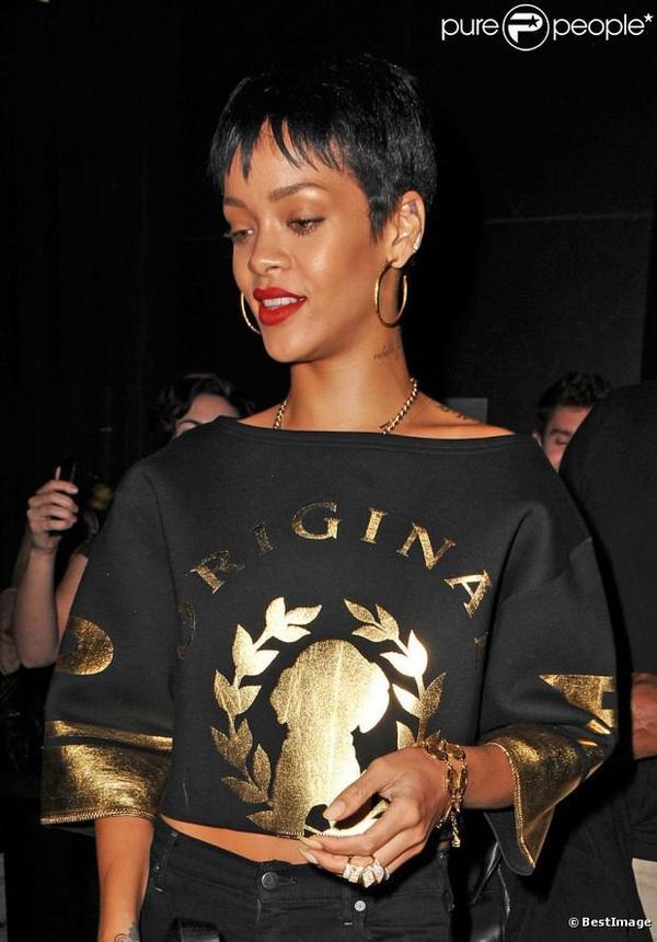 Rihanna : Ultrasexy à New York, elle aurait revu Chris Brown
