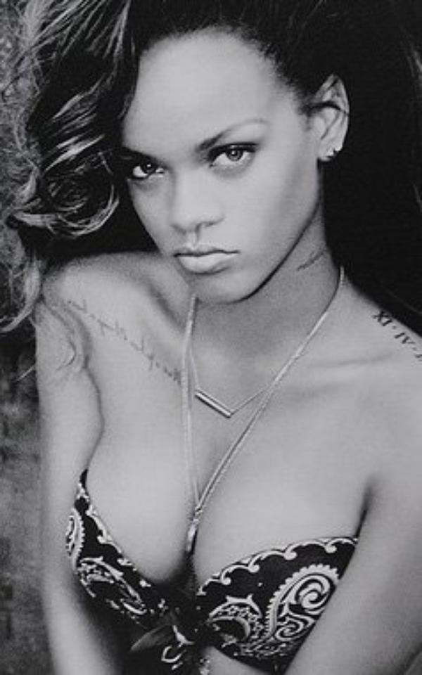 Chris Brown veut que Rihanna augmente son tour de poitrine !
