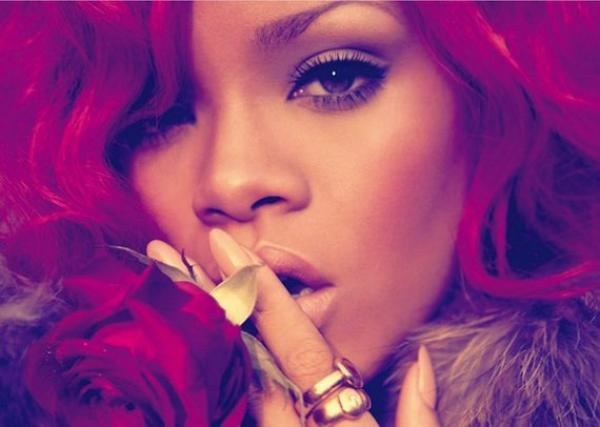 """Rihanna : le DVD du """"Loud Tour"""" le 19 novembre"""