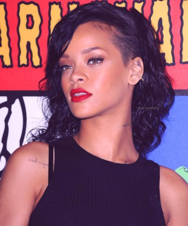 RIHANNA : EN DUO AVEC CHRIS BROWN SUR SON UNAPOLOGETIC !
