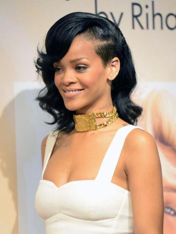 """Rihanna : """"Mon nouveau parfum sera insolent et très féminin"""""""