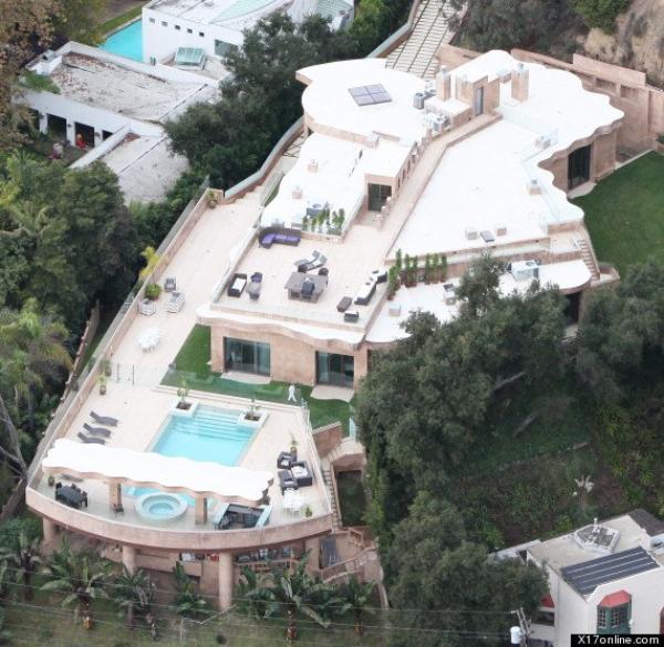 Rihanna s'offre une maison à 12 millions de dollars