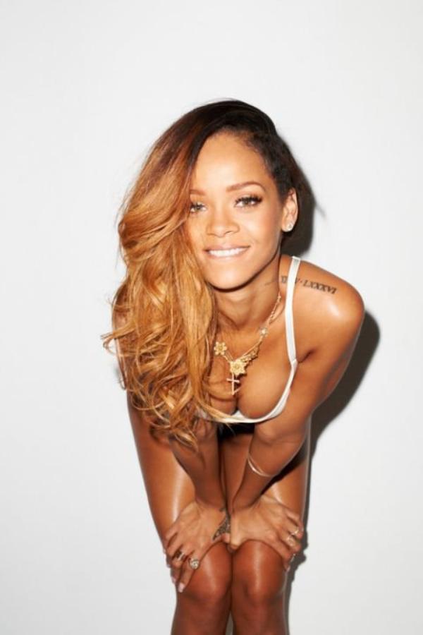 RIHANNA STYLISTE, LES CRITIQUES DE SON DÉFILÉ NE SONT PAS TENDRES ,       Rihanna fait ses premiers pas de styliste à Londres            ,         Rihanna for River Island at London Fashion Week