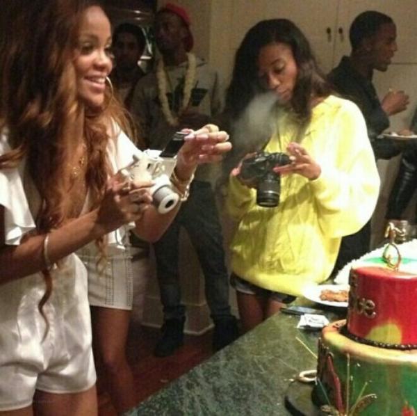 RIHANNA ET CHRIS BROWN : ON NE LES ARRÊTE PLUS !, Rihanna : 25 bougies