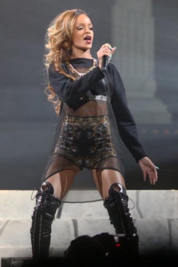 Rihanna : Plus de deux heures de retard à un concert !