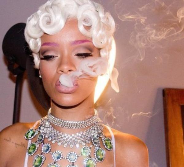 Rihanna sexy pour son nouveau clip