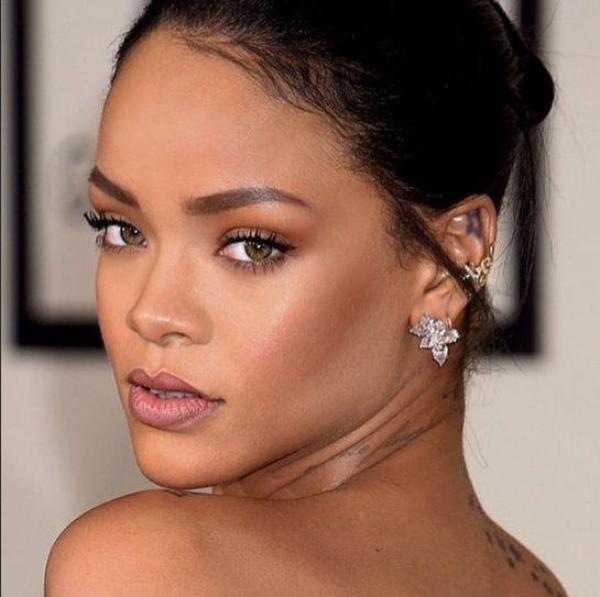 Rihanna dévoile un nouveau morceau par surprise