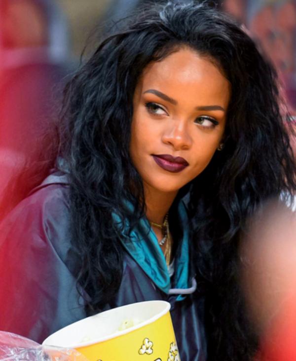 Un Joueur de la Memphis Grizzlies   se fait Recadrer par Rihanna