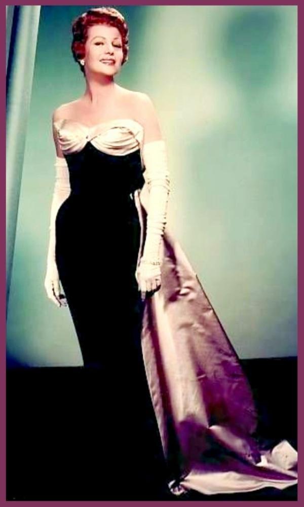 Rita HAYWORTH dans les années 50