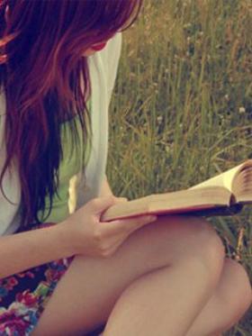 ♥ J'ai rencontré la poésie, elle avait un air bien prétentieux. Elle prétendait qu'avec les mots on pouvait traverser les cieux. [Grand Corps Malade] ♥