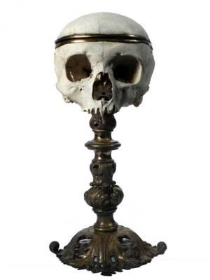 """Dans le Cabinet des Curiosités de Lenore:""""Le Crâne Rituel de Baphomet"""""""