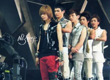 SHINee(샤이니) - LUCIFER (2010)