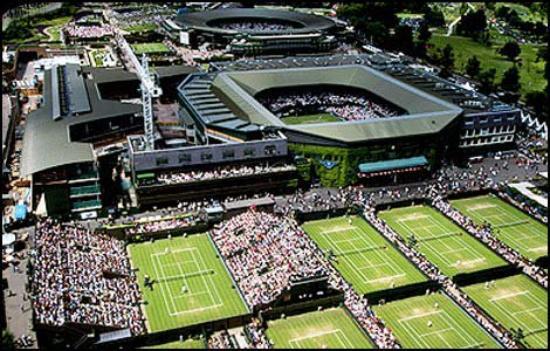Wimbledon 2013 - 1/2 finale --> Jeudi 4 juillet, les femmes sont a l'honneur aujourd'hui sur le Center Court !