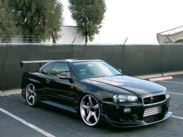 Nissan Skyline *O*