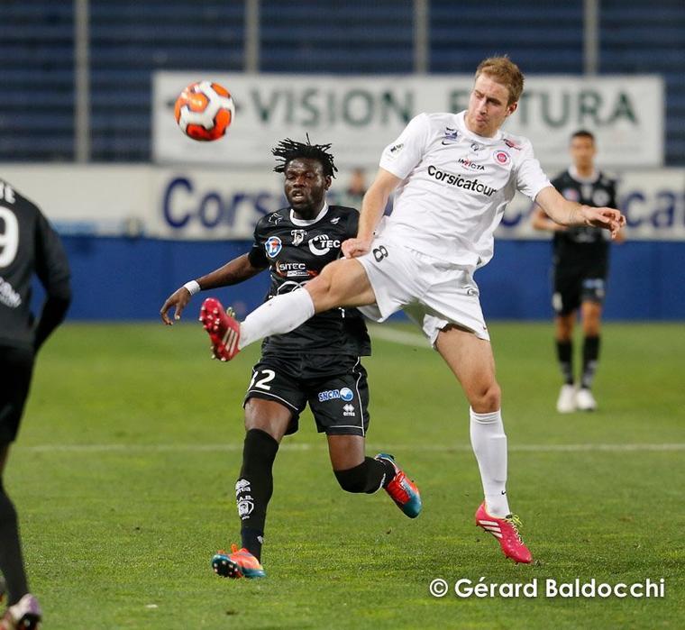 Christopher Maboulou 2013/2014 (porté à Bastia le 07/02/2014)