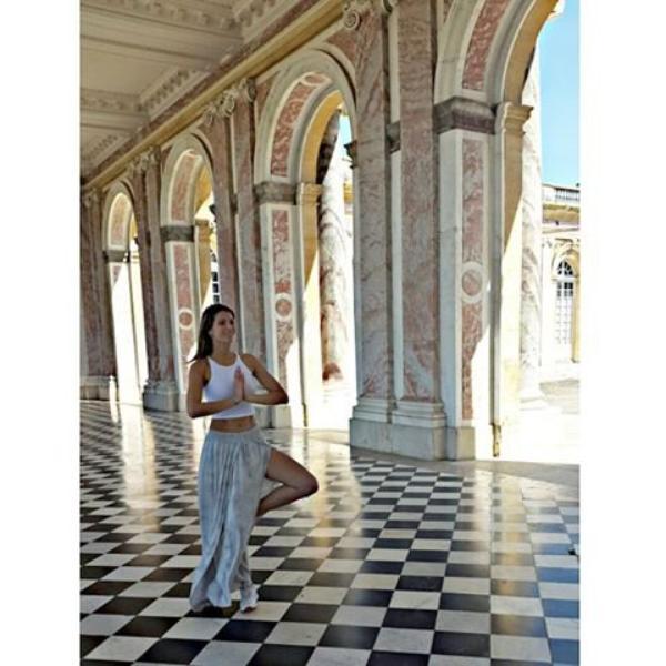 Laury Thilleman - Versailles