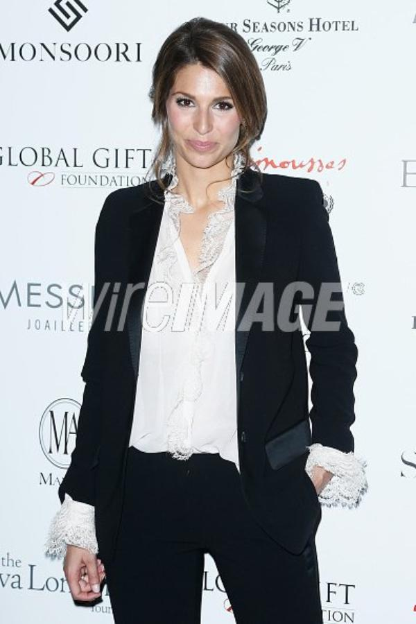 Laury Thilleman - Global Gift Gala