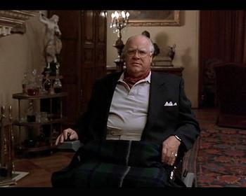 Mr Treehorn n'est pas un homme convenable, il traite les objets comme des femmes...