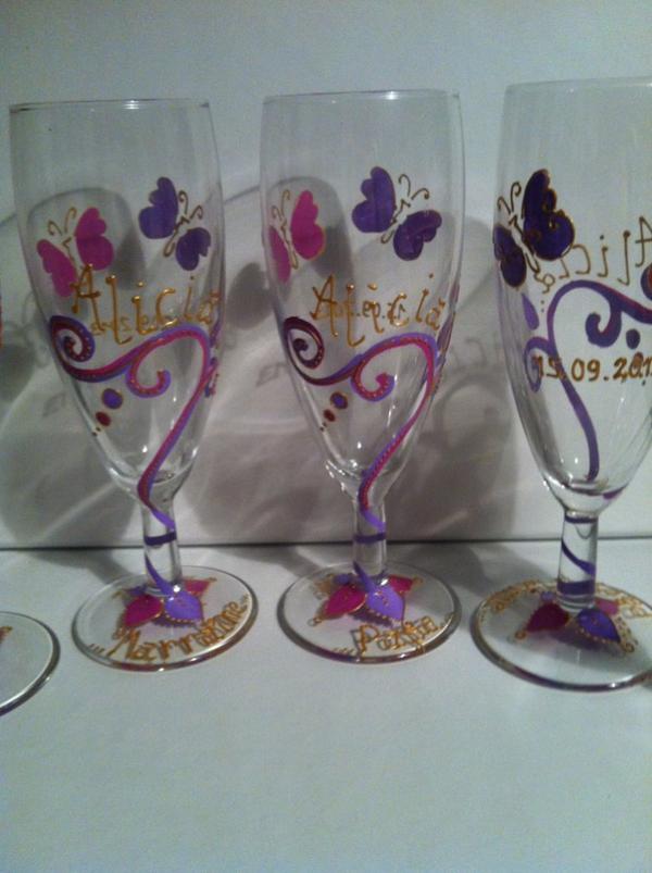 Thème arabesques papillons fuchsia et lila