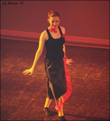 """""""La danse... un minimum d'explications, un minimum d'anecdotes, et un maximum de sensations. """" ♥"""