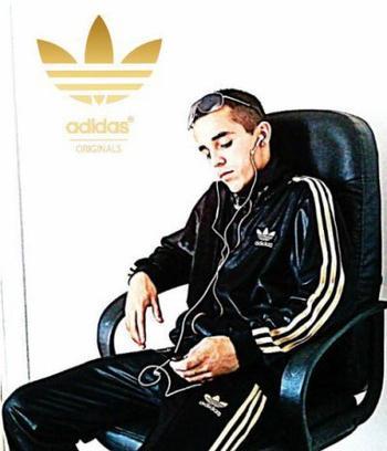 ★ Adidas ★