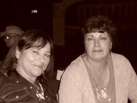 """souvenirs de notre soirée de vendredi soir à la """" Vie en rose """", très bonne soirée passée entre amis ."""