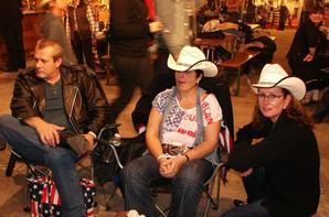 Voici les photos de notre groupe d'amis(es) au Festival d'Evreux ,Samedi 02 Novembre 2013..... Séquence Souvenirs !!! ......N°3
