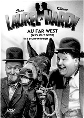 """"""" Laurel et Hardy au Far West ''' . ..Ils dansent de la country  ...."
