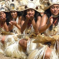 Tahiti en image en ce lundi soir , une pensée pour ma Lulu qui n'était pas là pour la fête des mères .. Milles bisous