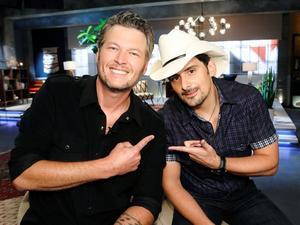 """Un grand artiste rejoint l'équipe de Blake Shelton pour la 9 ème saison de """" the Voice """" Usa  : :  Et oui c'est mon chouchou américain : Brad Paisley ."""