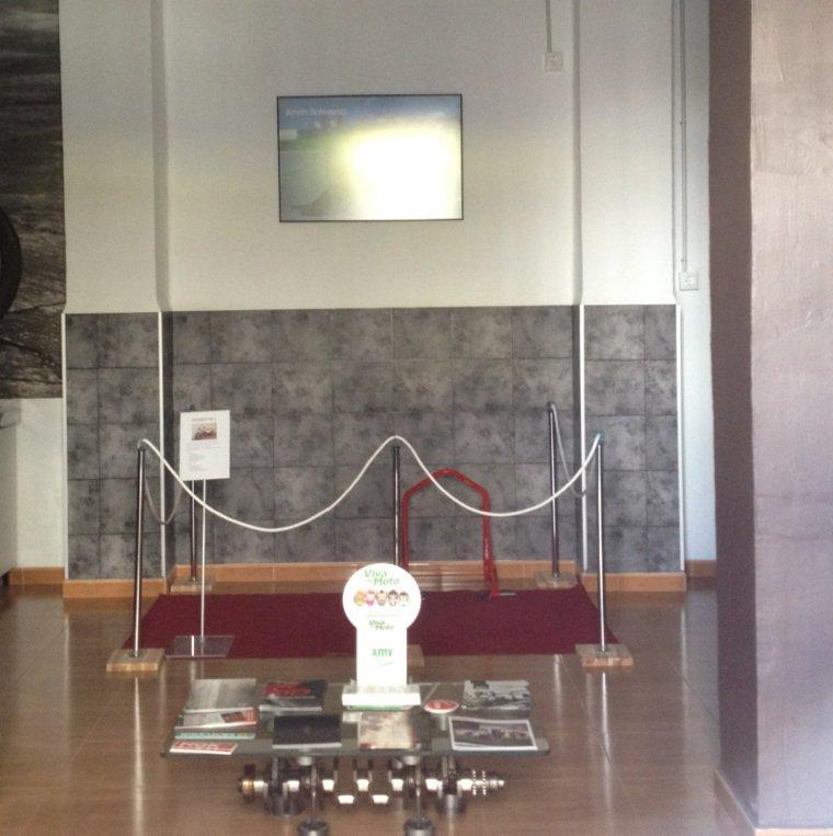 Lundi exposition XG2 a Valencia