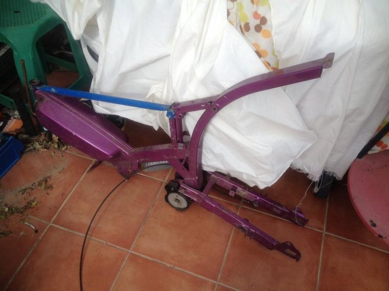 un super cadeau de yanr81  mais maintenant j'ai une grande difficulté - Je dois faire mon projet  Peugeot G1 Bidalot Radial