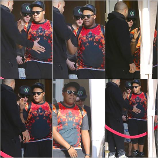 LE 06/05 - Justin a été vu quittant son hôtel de Los Angeles !!