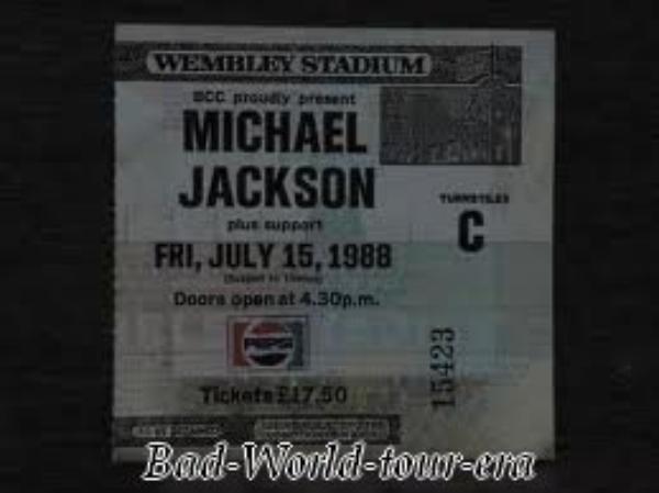Le 14/07/1988 au 26/07/1988: Michael Jackson se rend en Angleterre