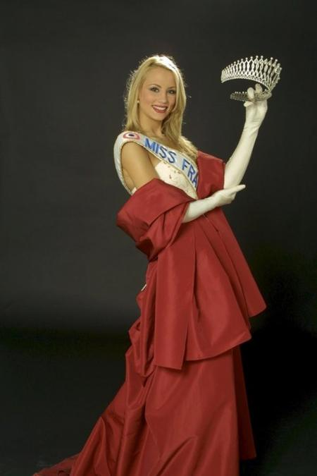 Elodie Gossuin - Miss France 2001